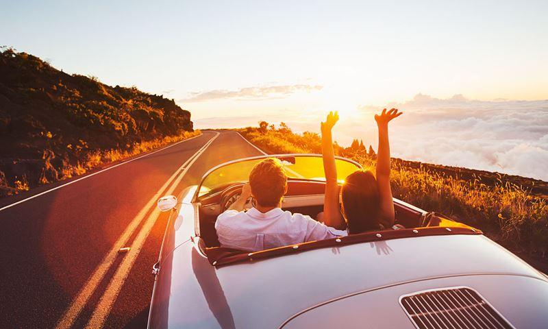 Российские туристы чаще выбирают путешествие на автомобиле вместо поезда