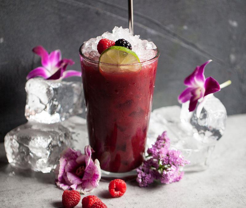 5 рецептов напитков с малиной от ресторанов Москвы - Витаминный физз от сети ресторанов «Жаровня»