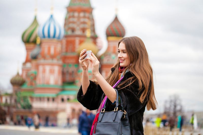 122: в Москве заработал новый номер информационной поддержки туристов
