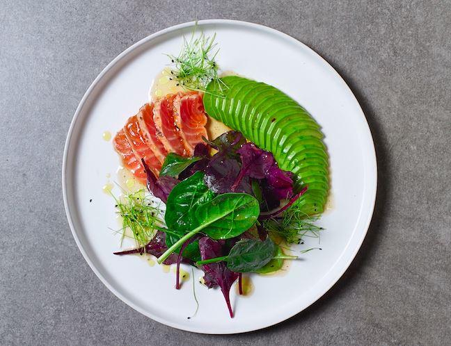 Рецепт лосося татаки от бренд-шефа ресторанов «Чайхона №1» Сергея Сущенко.