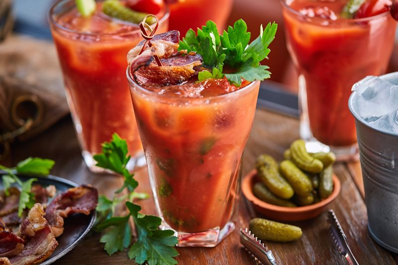 Рецепт коктейля Bloody Mary на беконе от закусочной «Воронеж»