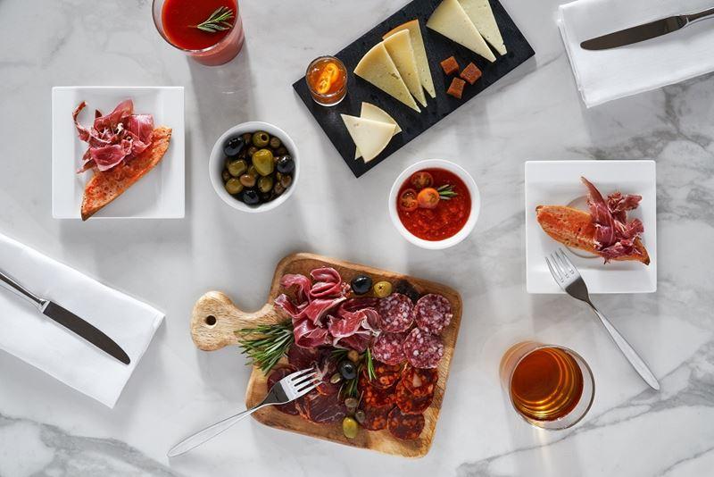 Ресторан Lokal отеля Hotel Arts Barcelona (Испания) - фото 5