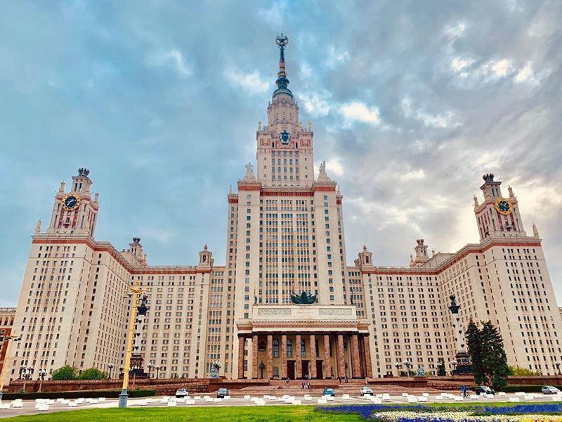 10 любимых мест китайских туристов в Москве - Воробьевы горы и МГУ