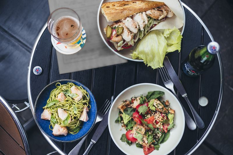Летние рецепты от шеф-повара Виталия Истомина - салат, сендвич и спагетти