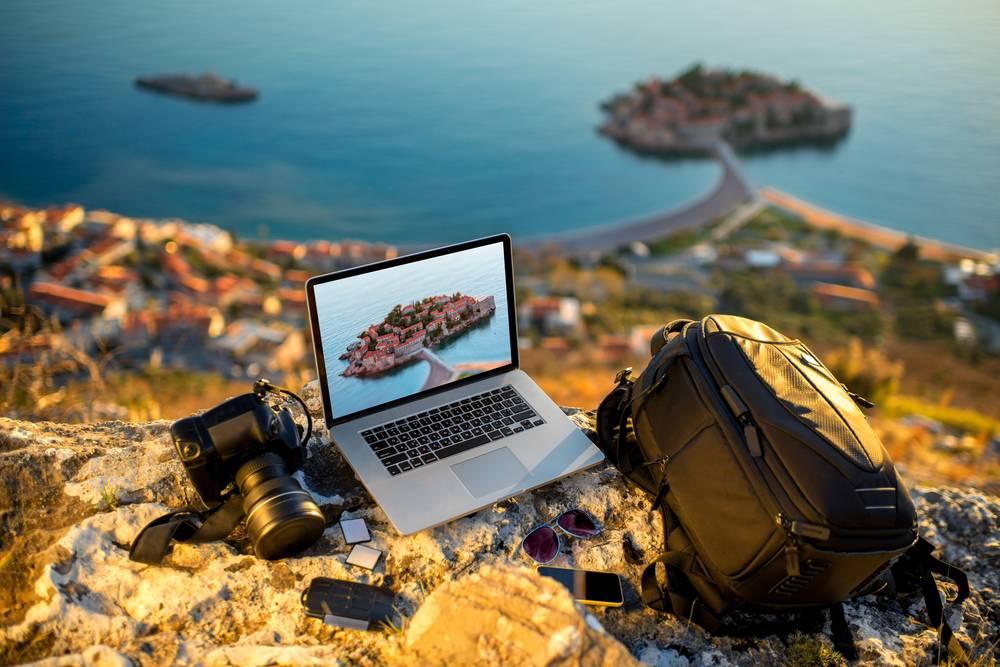 Российские туристы планируют путешествия, опираясь на отзывы блогеров и телепередачи