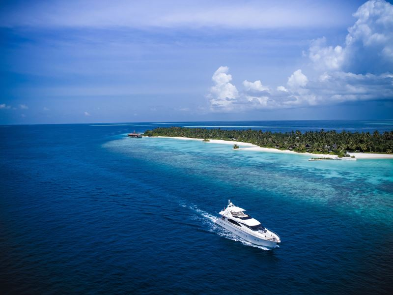 Курорт Jumeirah Vittaveli представляет первую на Мальдивах суперъяхту MY Vittaveli - фото 2