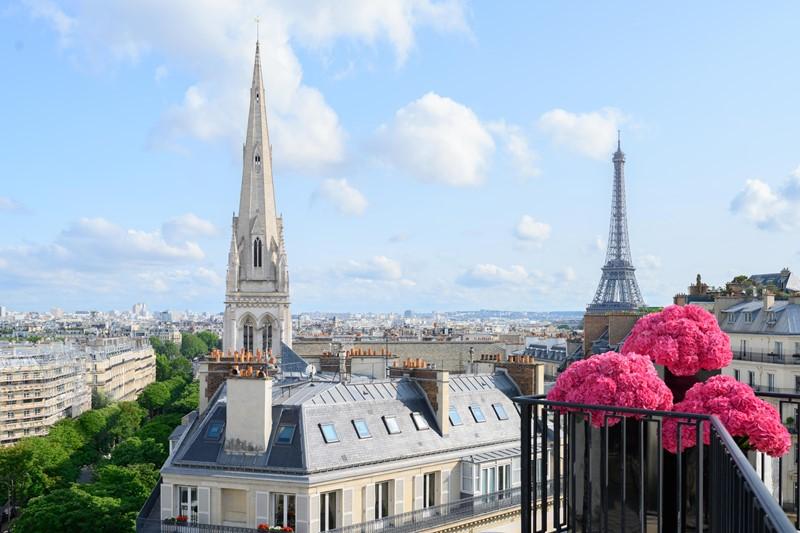 Eiffel Tower и Parisian: Four Seasons Hotel George V, Paris представляет два новых люкса