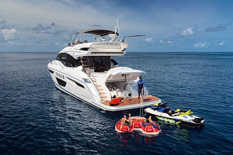 Новая яхта Princess Yacht Rania на курорте Velaa Private Island Maldives - фото 2