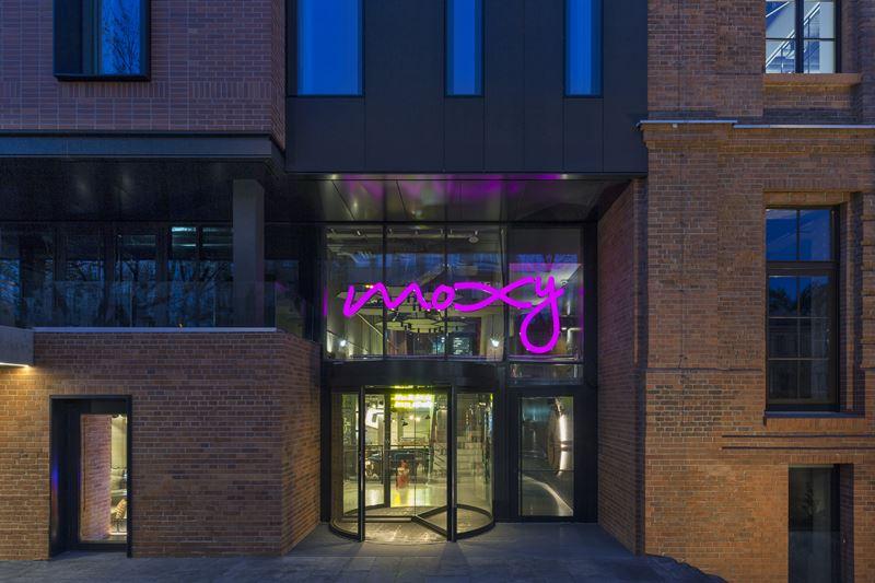 Новый отель Moxy Warsaw Praga в Польше - фото 2
