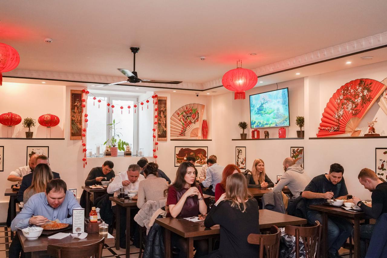 Вьетнамский стрит-фуд в Москве: кафе Bổ g Ðàn с доступной аутентичной кухней