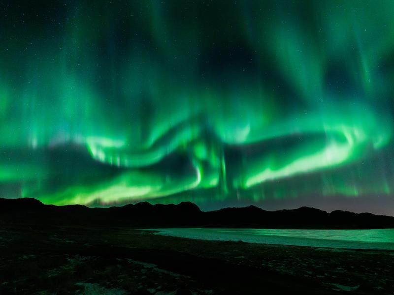 5 причин влюбиться в Исландию - северное сияние