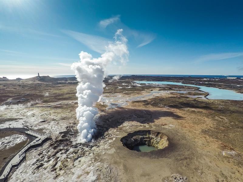 5 причин влюбиться в Исландию - гейзеры