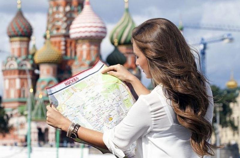 Горячая линия Москвы для туристов приняла более 10 тысяч звонков