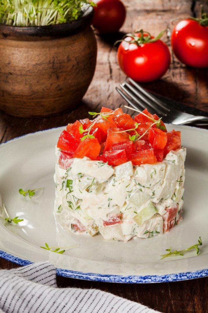 Рецепты салата «Оливье» от шеф-поваров - Салат по-гальски от ресторана «Джонджоли»