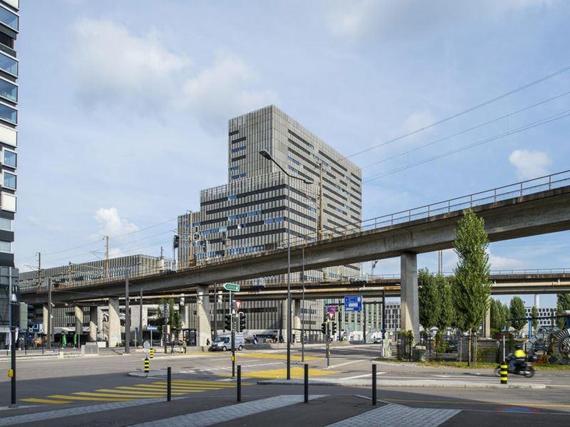 Современная архитектура Цюриха: топ-10 необычных городских объектов - Zürcher Hochschule der Künste (ZHdK) Toni-Areal