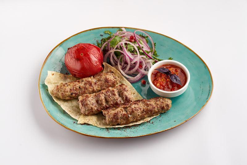 Где поесть мяса в фудмолле «Депо.Москва» - Бакинский уголок» (корнер #16)