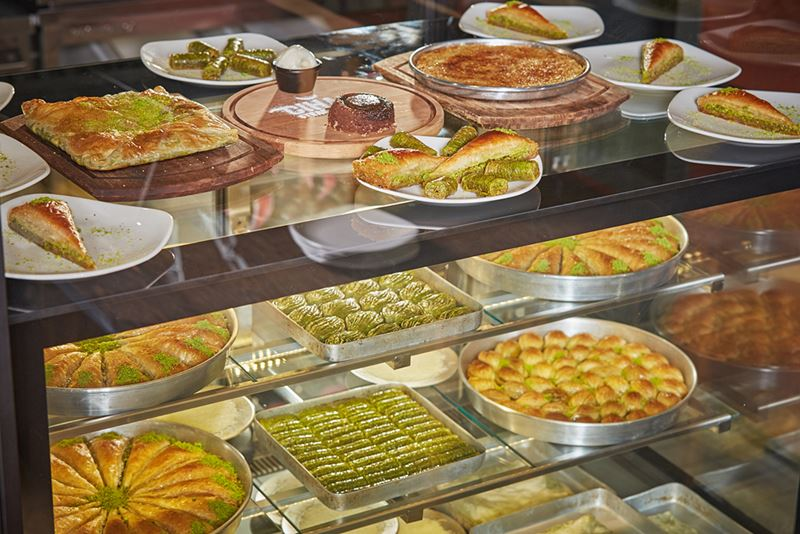 Турецкие сладости в Москве: при ресторане Cihan открылась кондитерская
