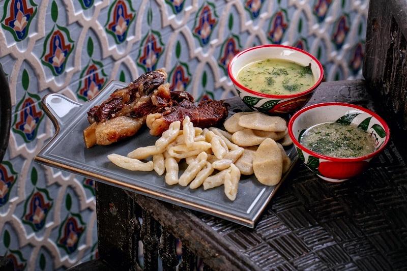 похмельные блюда в ресторанах Москвы - Жижиг-галнаш в Maer