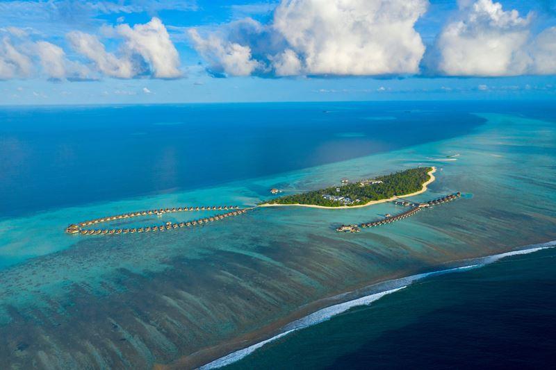 открытие вилл Aqua Villa в Pullman Maldives Maamutaa Resort