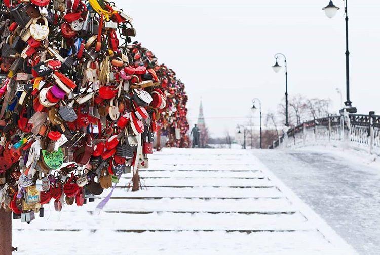 Лучшие места для романтических фотографий в Москве - Деревья любви
