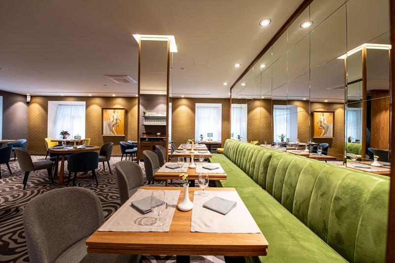 Ресторан и кондитерская Le Carré - интерьер - фото 4