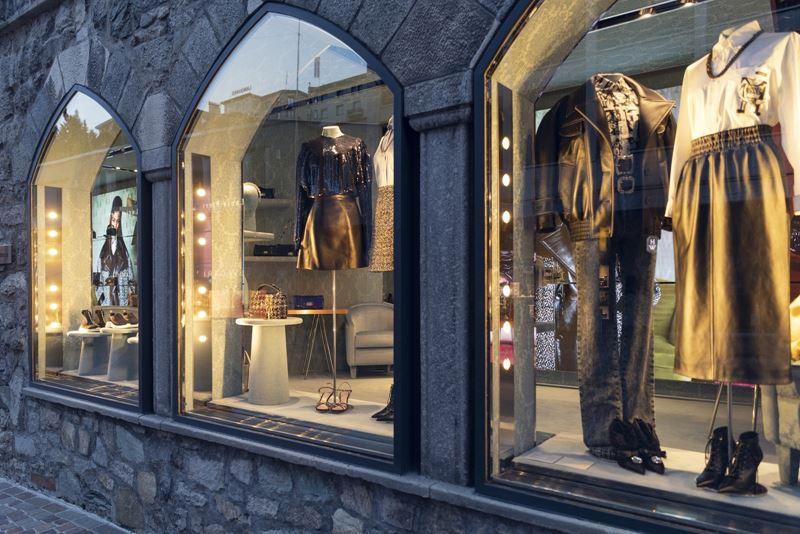5 причин съездить в Санкт-Мориц зимой - Шопинг