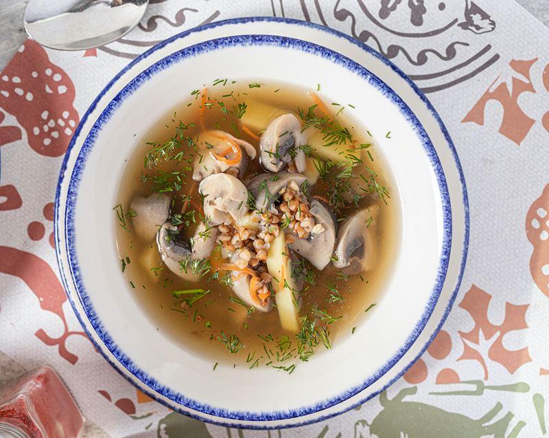 Блюда с гречкой от шеф-поваров - Грибной суп с гречкой