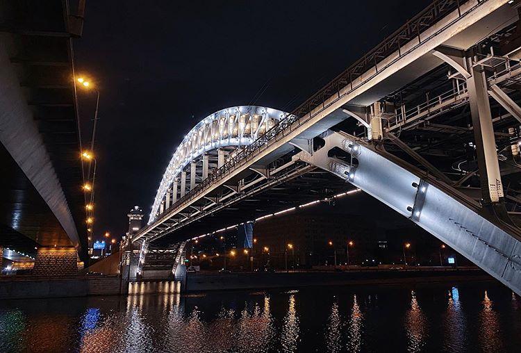 Знаковые мосты Москвы в онлайн-историях на Discover.Moscow