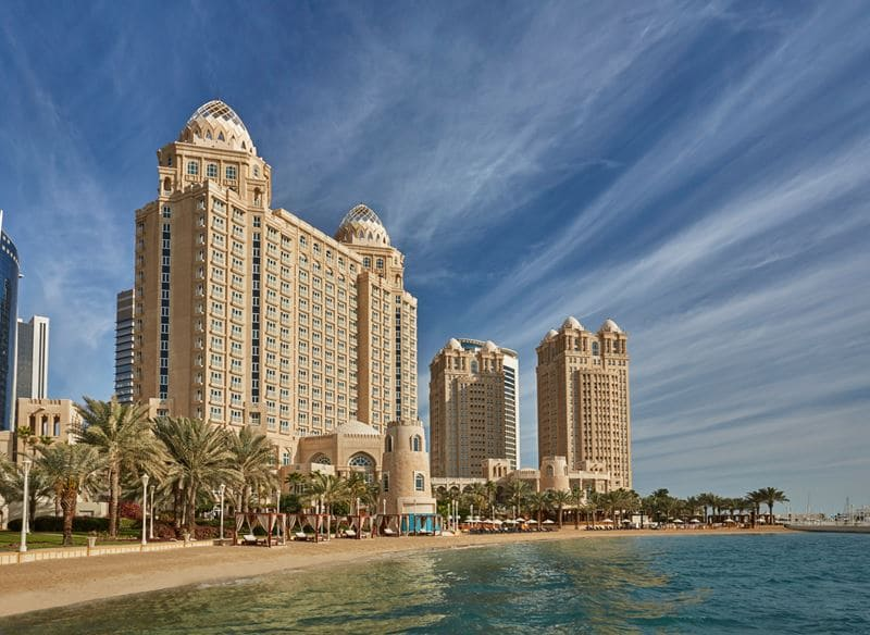 Дизайн Пьера-Ива Рошона в интерьерах Four Seasons Hotel Doha