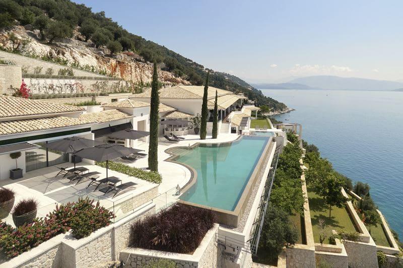 ULTIMA Corfu – первая вилла ULTIMA Collection на морском побережье - фото 2