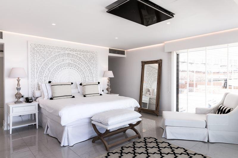 Курорт Abaton Island Resort & Spa (о. Крит) - номер - белый интерьер