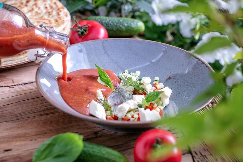 Рецепты холодных супов от шеф-поваров ресторанов - Гаспачо с кавказским сыром