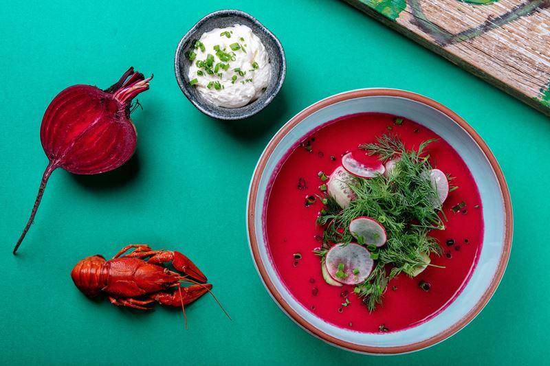 Рецепты холодных супов от шеф-поваров ресторанов - Свекольник с раками